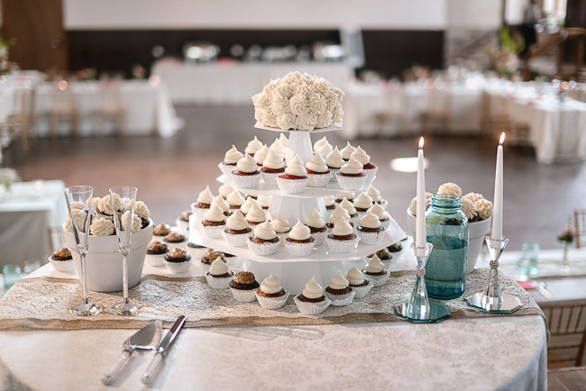 the cupcake tower | photo: Photos by Kristopher | via https://emmalinebride.com