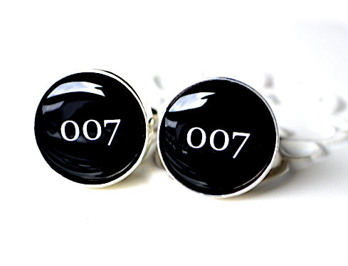 007 bond | Custom Cufflinks Groomsmen Gifts | via EmmalineBride.com