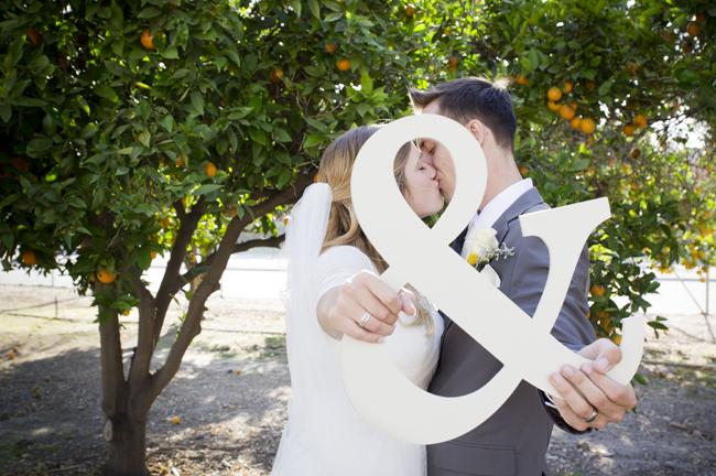 Irvine Ranch DIY Wedding | via https://emmalinebride.com/real-weddings/irvine-ranch-diy-wedding/