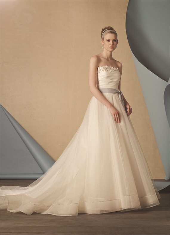 Vintage Inspired Wedding Gowns by the Alfred Angelo 2014 Collection - 1950s inspiration