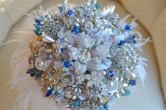 bridal brooch bouquet heirloom