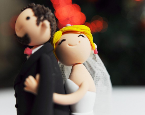 wedding cake topper couple