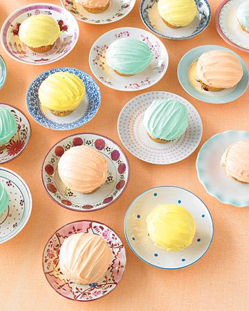cupcakes on vintage saucers