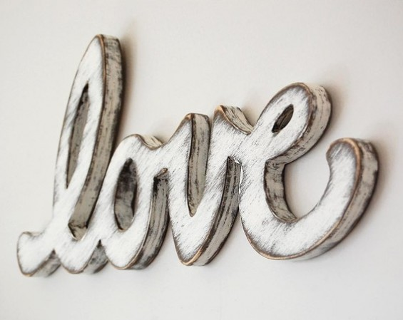 diy shabby chic photo display table love sign