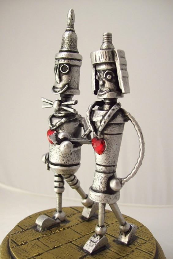 robot-cake-toppers