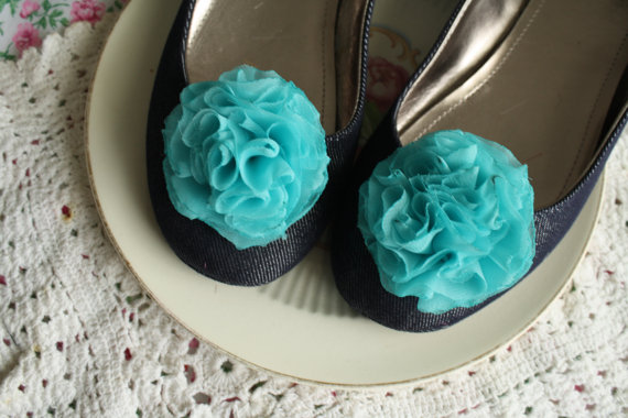 wedding shoe clip in aqua or turquoise