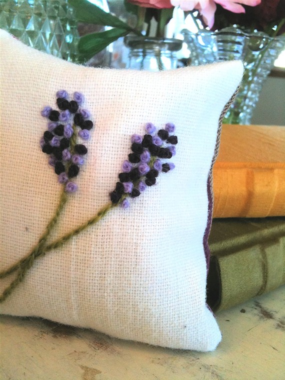 handmade lavender sachets image two