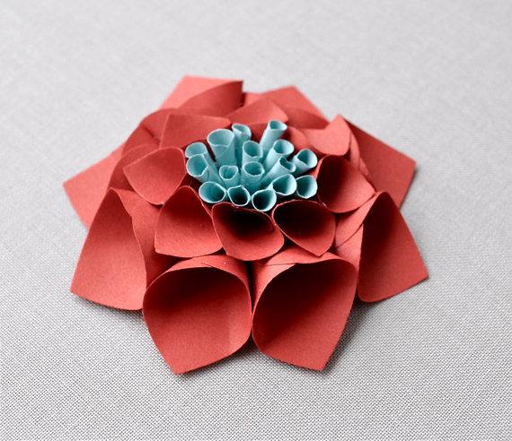 paper dahlia place cards