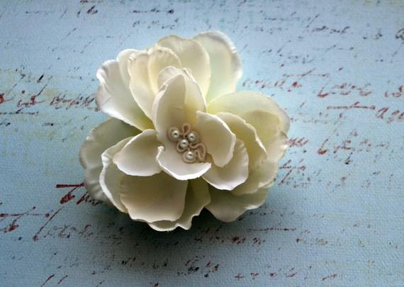 win a bridal flower fascinator