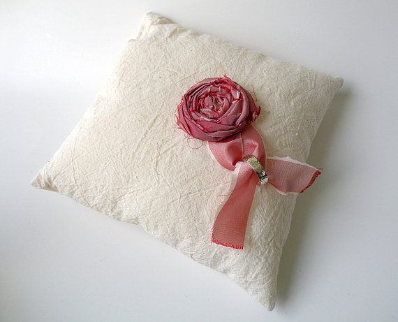 linen ring pillows