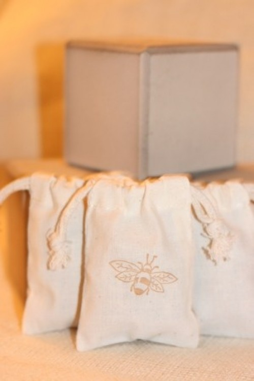 honey themed wedding stamped favor bags