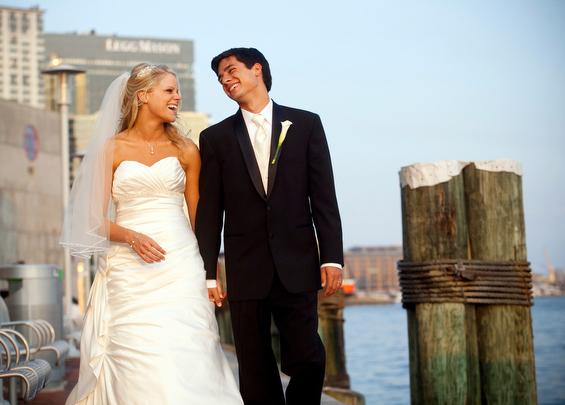Baltimore wedding at the National Aquarium