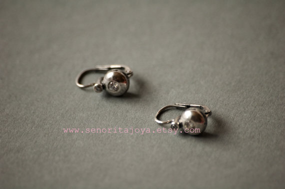 elegant earrings for the bride