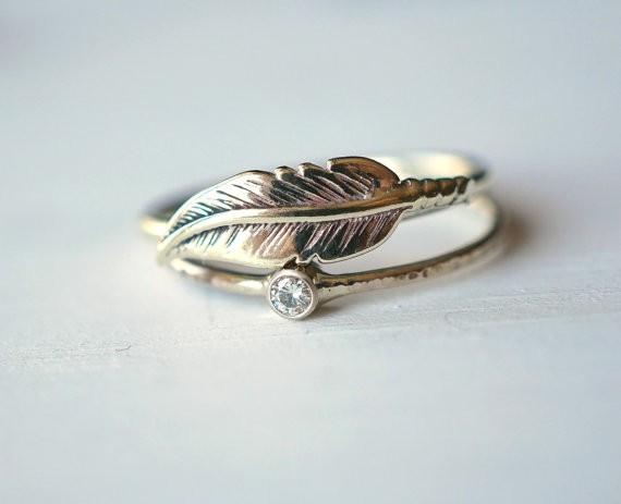 moissanite feather wedding ring set