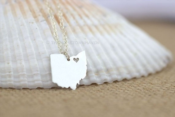 state necklace by theHOMETOWNhaven