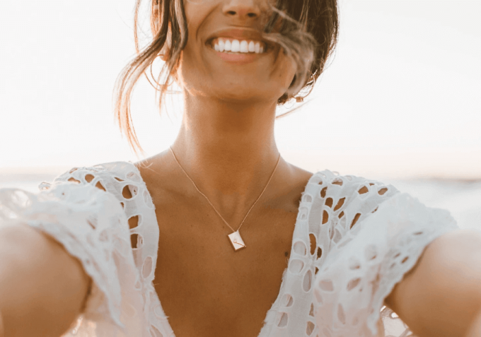 tips to bridesmaid gift giving