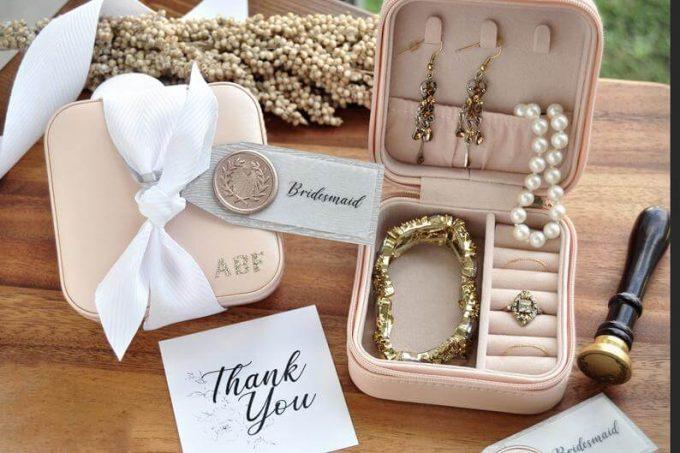 bridesmaid gift giving