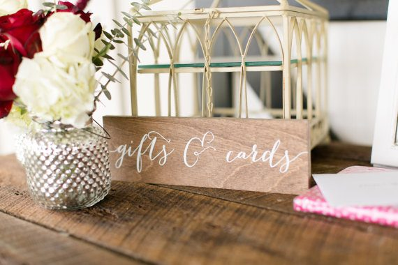 Gifts and Cards Sign by Paper and Pine Co. | via Wood Themed Wedding Ideas: https://emmalinebride.com/themes/wood-themed-wedding-ideas/