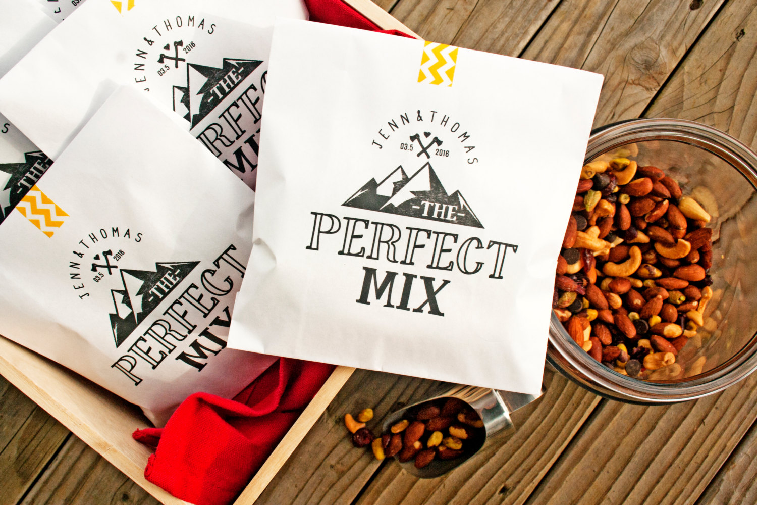 the perfect mix trail mix favors by mavora