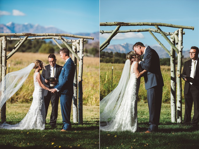 brideandgroommarried Bohemian Colorado Wedding with pink, gold, and blue | http://www.emmalinebride.com/real-weddings/bohemian-wedding-full-of-love-in-colorado/ | photo: Shutterfreek