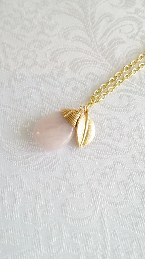 rose quartz necklace giveaway