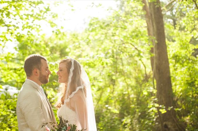 | Kelly and Paul's Rustic Spring Wedding in Georgia (Georgia Weddings) | http://www.emmalinebride.com/real-weddings/a-magnificent-rustic-spring-wedding-in-georgia-weddings/ | photo: You Are Raven