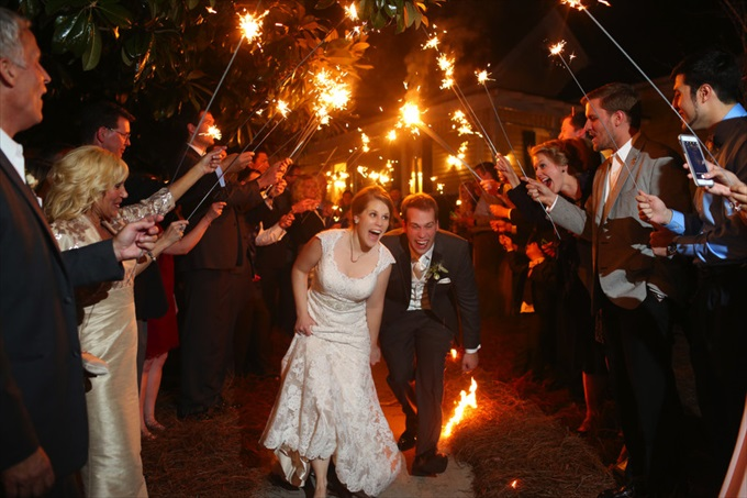 bride and groom sparkler sendoff | Sarah + JJ's Pretty Wedding at 173 Carlyle House | https://www.emmalinebride.com/real-weddings/pretty-wedding-173-carlyle-house/ | photo: Melissa Prosser Photography - Atlanta Georgia Wedding Photographer