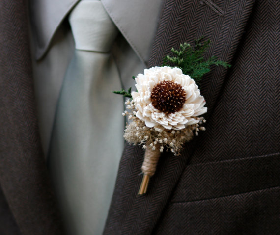 dried craspia boutonniere