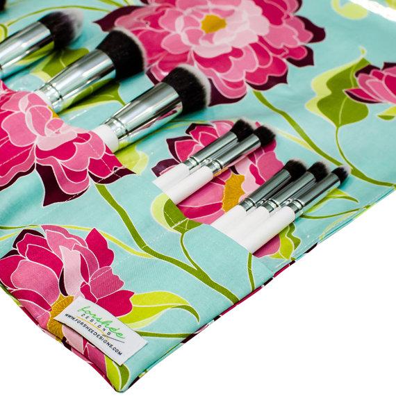 foldable travel makeup brush holder