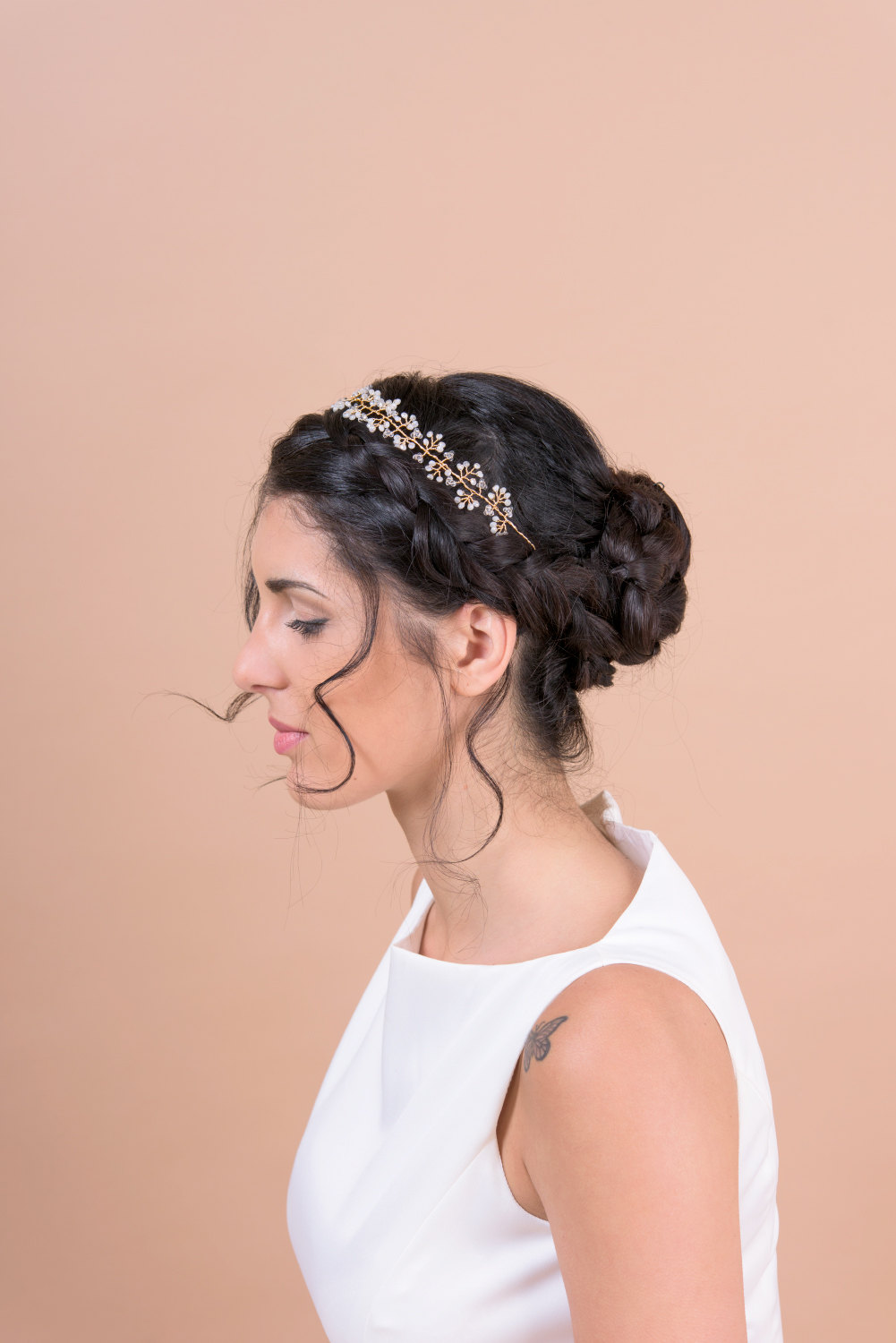 hair vine headband by Bridal Ambiance | bridal veil alternative via https://emmalinebride.com/bride/bridal-veil-alternatives/ ‎ | any hairstyle