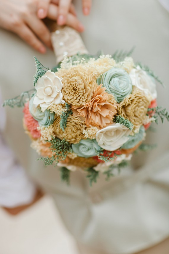 prof_large_bouq_peach_mint_coral_champagne_hannah_glogower_photography_2