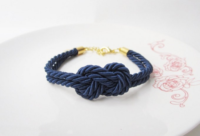 tie the knot bracelet by MustMuseMost | via 50+ nautical wedding theme ideas at EmmalineBride.com