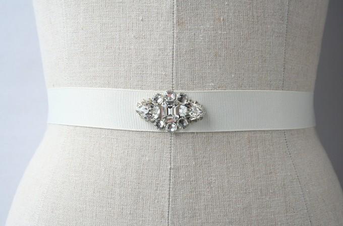 crystal bridal dress sash | by Laura Stark | sashes dress | https://emmalinebride.com/bride/bridal-sashes-dress