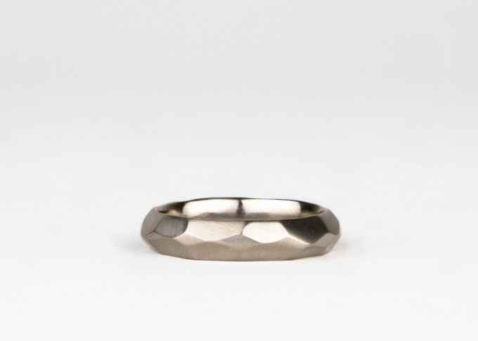 faceted-wide-mens-wedding-band