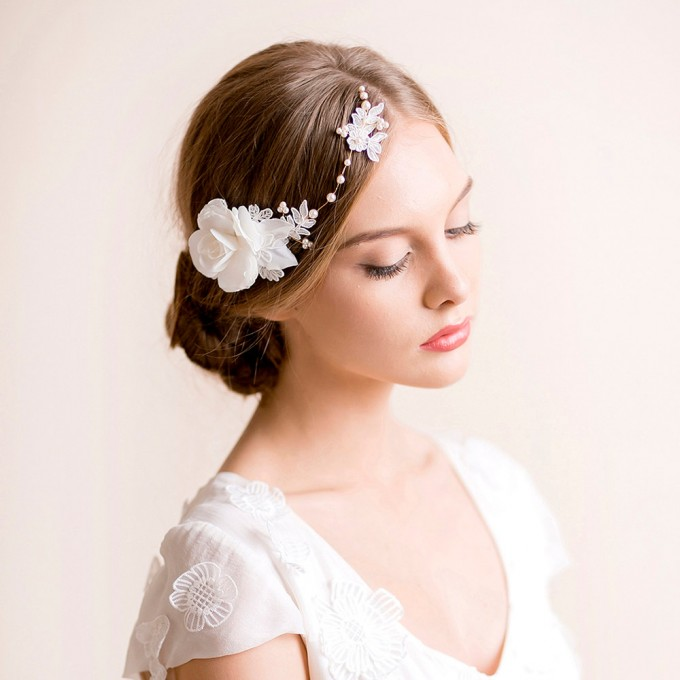 floral bridal headpiece | hairstyles accessories weddings | https://emmalinebride.com/bride/hairstyles-accessories-weddings/ | via florentes: http://etsy.me/22yo1LX