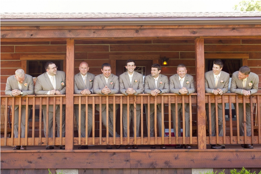 groomsmen buffalo lodge A Kansas City Wedding at the Buffalo Lodge (Rustic Weddings)| Kansas City Buffalo Lodge Weddings| http://www.emmalinebride.com/real-weddings/a-kansas-city-wedding-at-the-buffalo-lodge-rustic-weddings/| Photo: Jana Marie Photography