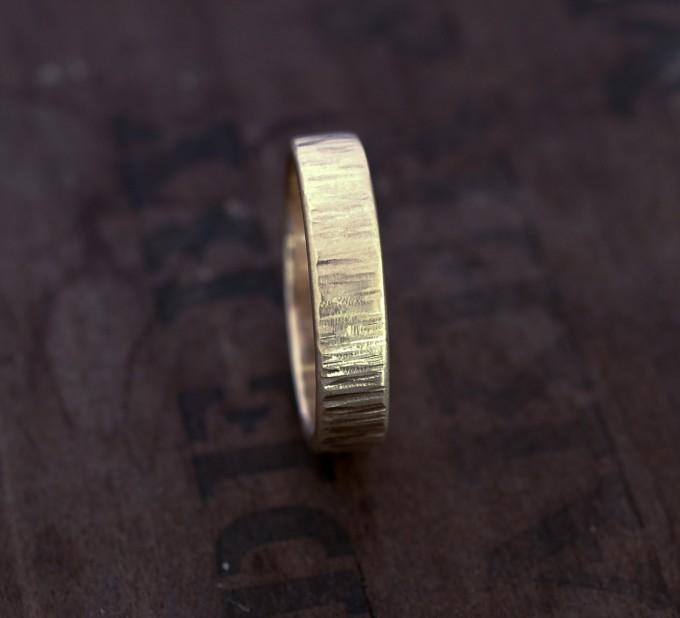 21 Unique Wedding Bands For Men Alternative Wedding Rings