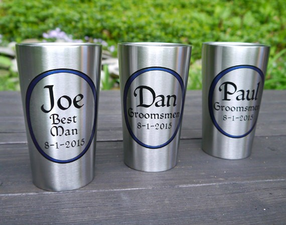 personalized tumblers for groomsmen | by Capcatchers | http://emmalinebride.com/gifts/tumblers-groomsmen-stainless-steel/