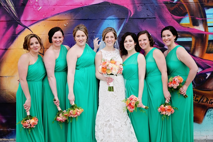 Detroit_wedding_bride_bridemaids_mint_colored_dressesDowntown Detroit Wedding - https://emmalinebride.com/real-weddings/a-beautiful-downtown-detroit-wedding-nick-jeannine/ | Michigan wedding photographer - The Camera Chick