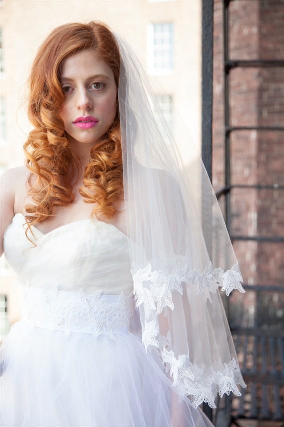 elbow-length bridal veil by OBM Bridal | https://emmalinebride.com/veils/elbow-length-bridal-veil