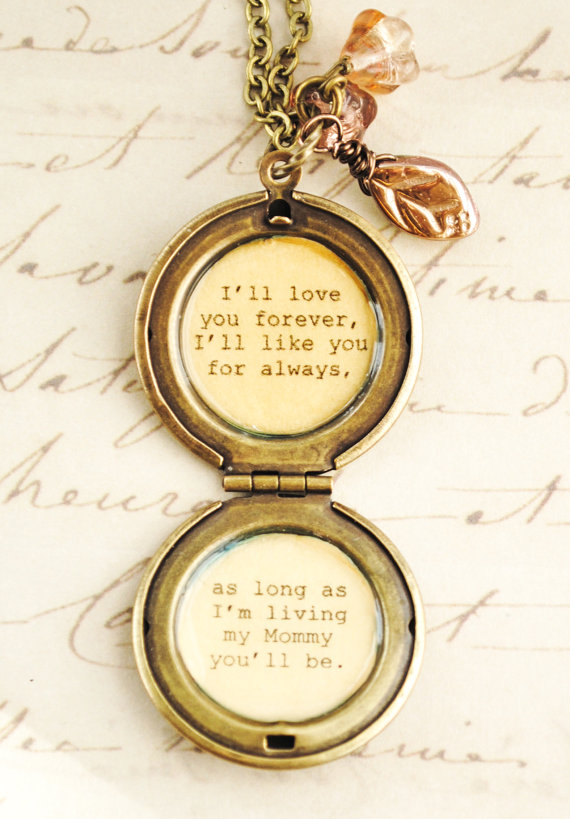 love you forever locket by busybeezchickadeez | unique gifts for mom
