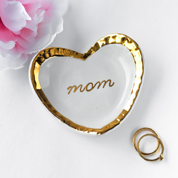 mom heart ring dish by ModernMud