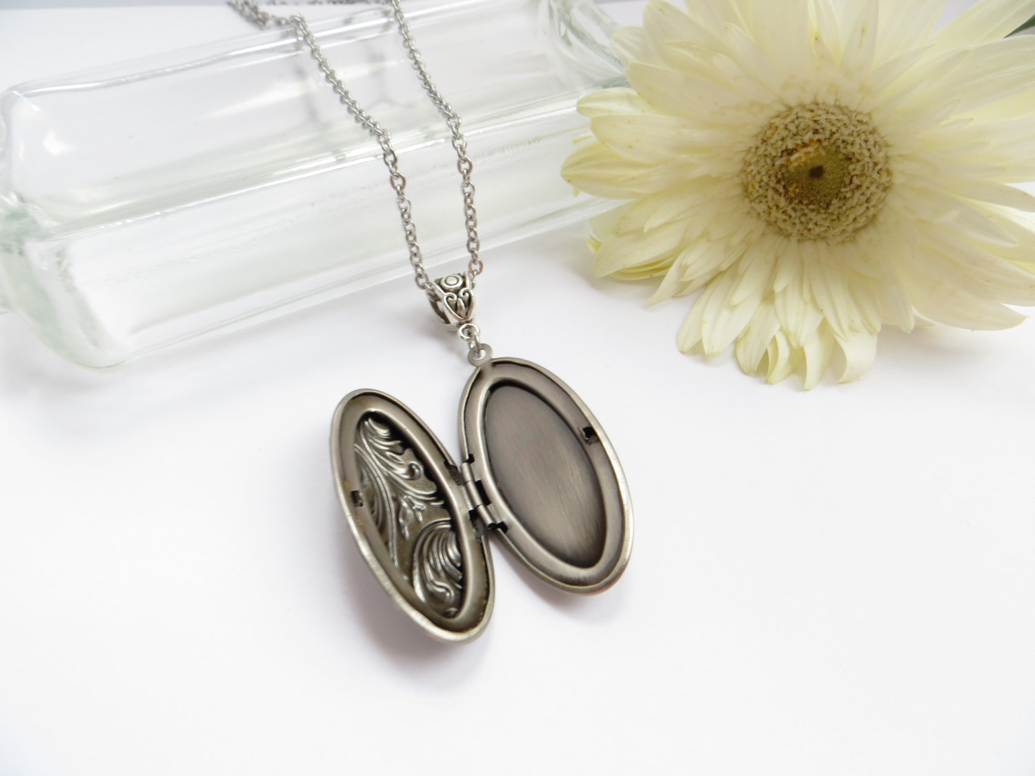 antique bridal locket by love montreal