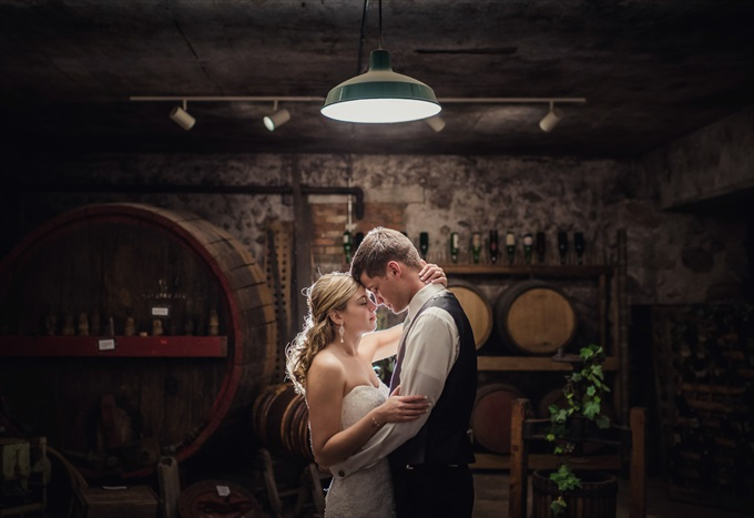 bride_groom_lawton_michigan_wedding_chelsea_brown_photography