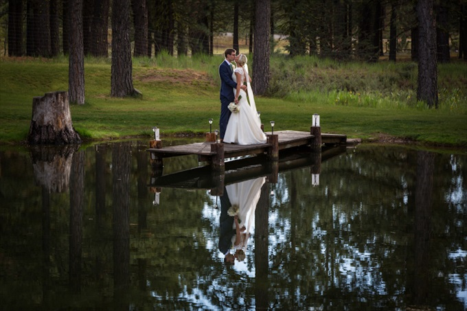 chalet_view_lodge_wedding_portola_california_bride_groom_lake_johnstone_studios_11