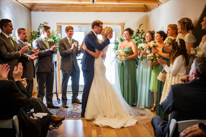 chalet_view_lodge_wedding_portola_california_grooms_kisses_bride_johnstone_studios_10