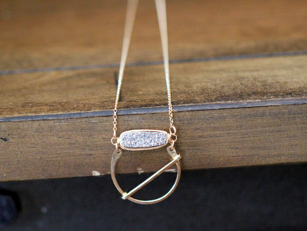 druzy pendant necklace by sareesa