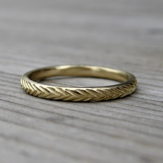 feather wedding ring | rustic wedding rings by Kristin Coffin Jewelry https://emmalinebride.com/rustic/wedding-rings/