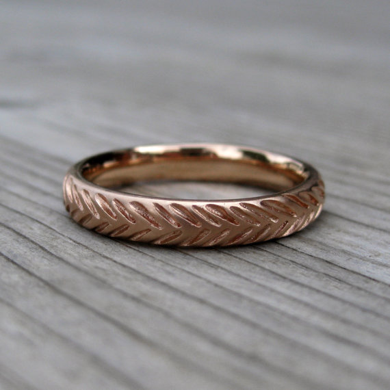 feather wedding ring band in rose gold | rustic wedding rings by Kristin Coffin Jewelry https://emmalinebride.com/rustic/wedding-rings/