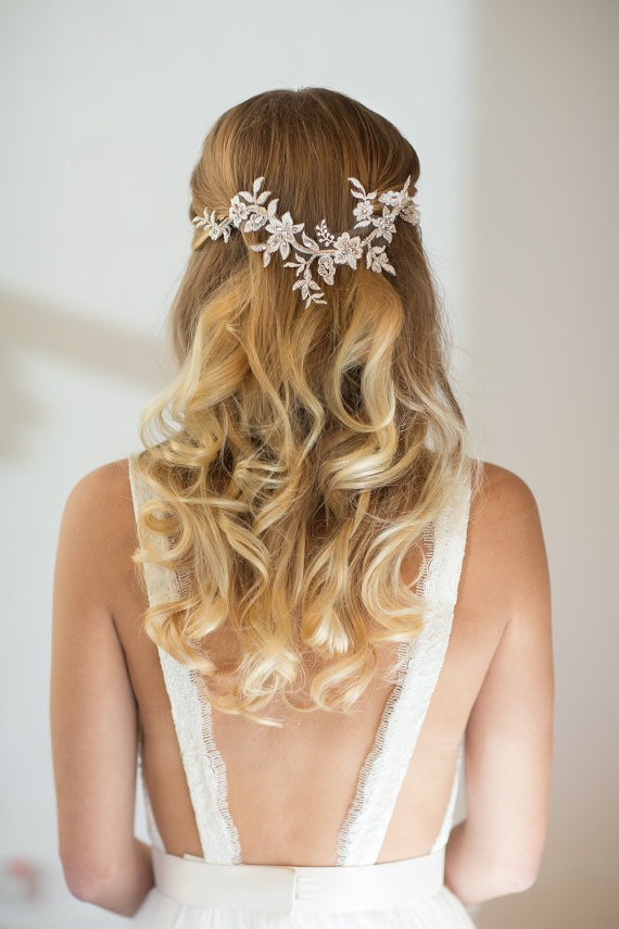 hair down curly with wedding accessory | 50+ Best Bridal Hairstyles Without Veil | http://emmalinebride.com/bride/best-bridal-hairstyles